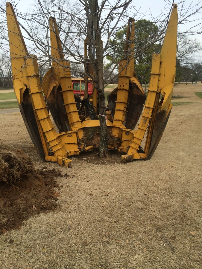 bluegrass yacht and country club golf course maintenance